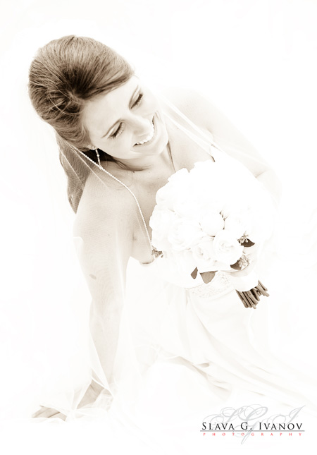 Stunning bridal picture of Jessi