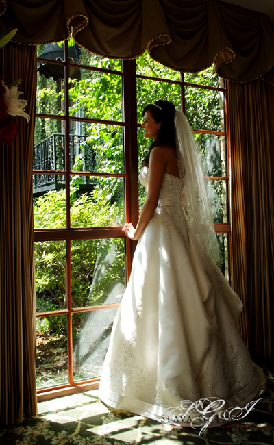Bride waiting for her groom at Courtyard on St. James Place