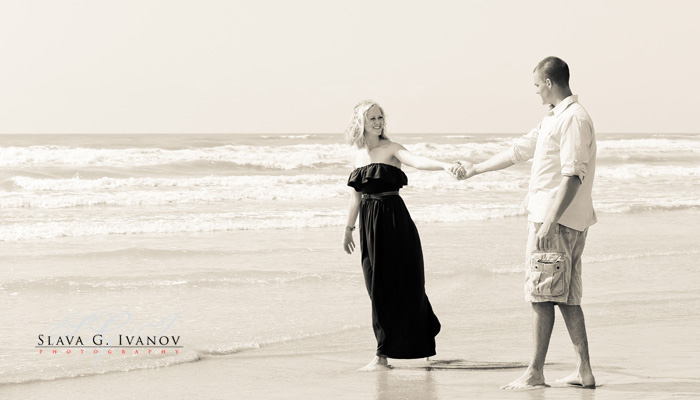 Galveston texas engagement photography on a nice sunny day