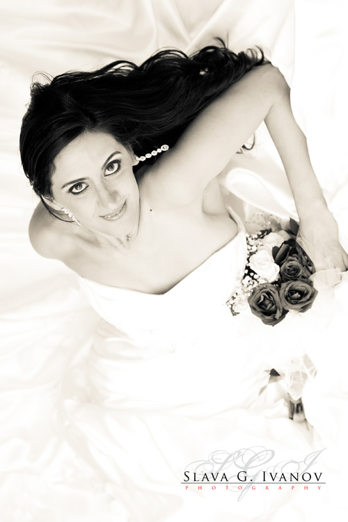 Assa did her bridal portrait at the four seasons hotel in houston 2 days before her wedding