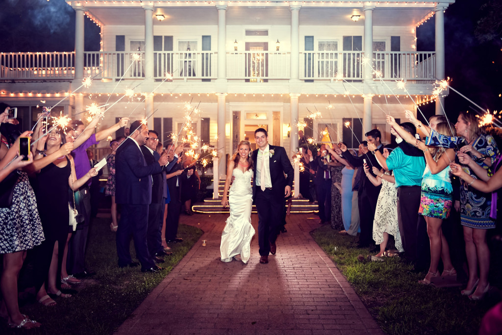 bride and groom send off at house plantation wedding photography in houston texas
