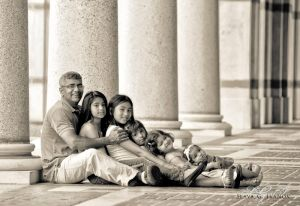 rice-university-family-portrait-photographer.jpg